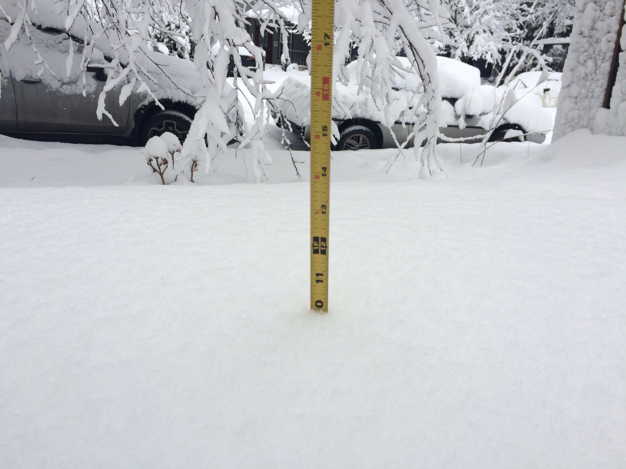 governor brown mayor wheeler declare emergency after snow storm